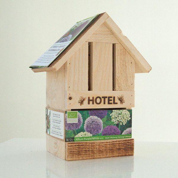 vlinderhotel met Allium Paars en Wit