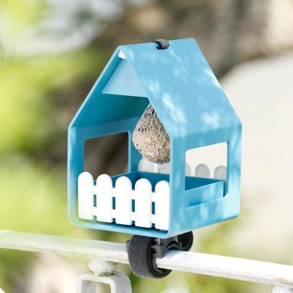 vogelvoederhuisje landhaus turqoise op reling