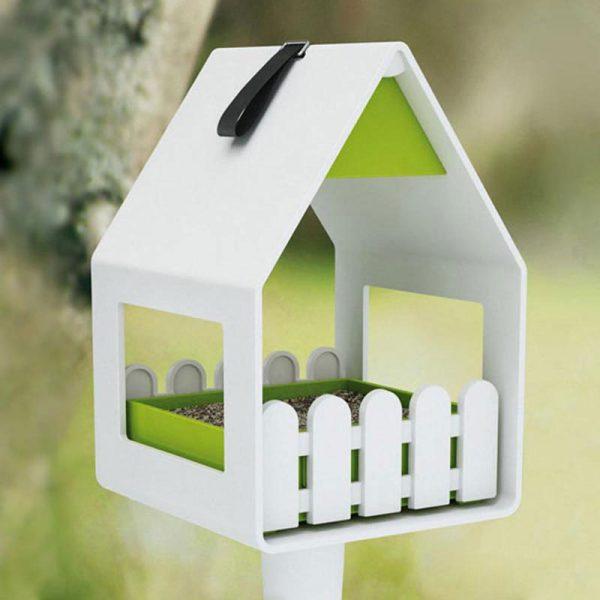 vogelvoederhuisje landhaus wit op paal